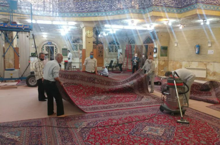 مراسم غبار روبی مسجد در قاب تصویر